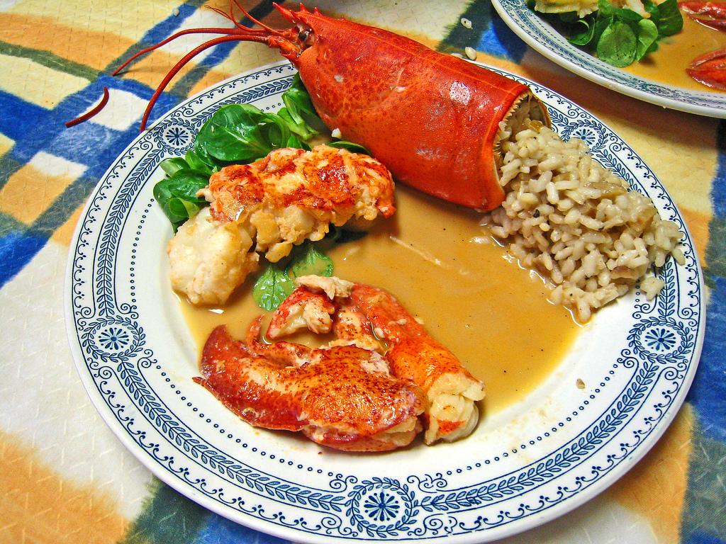 recette des pinces de homard en feuille de riz mayo au pamplemousse recetteo. Black Bedroom Furniture Sets. Home Design Ideas
