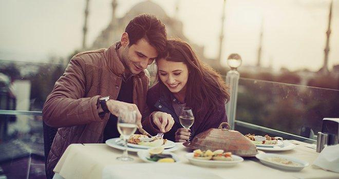 Un repas en amoureux pour offrir un cadeau original recetteo - Cadeau cuisine original ...